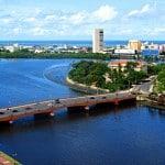 Läs om Recife, en av Brasiliens värdstäder